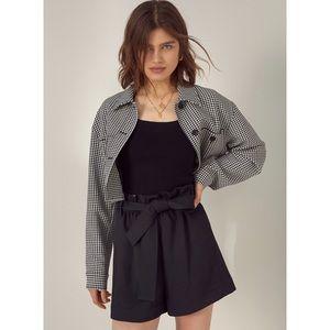 Aritzia Wilfred Paper Bag Shorts Black Sz 8